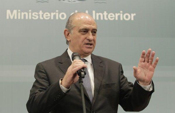 El ministerio del interior alerta de un bulo en whatsapp for Correo ministerio del interior