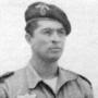 El Teniente de Infantería, II Bandera paracaidista, Antonio Ortiz de Zárate dio su vida por España mientras rechazaba un ataque enemigo muy superior en número en la Guerra de Ifni
