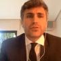 Pregunta tonta del día ¿Damián Macías, el portavoz de C's Pozuelo, es un caradura, un cantamañanas o un tipo suertudo? Cobra casi 52.000 euros y no le pega un palo al agua